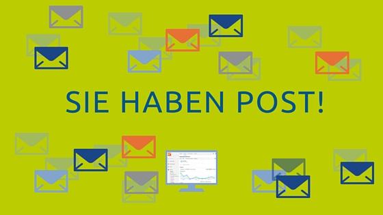 Sie haben Post! Bild: Viele Brief-Icons im Hintergrund.